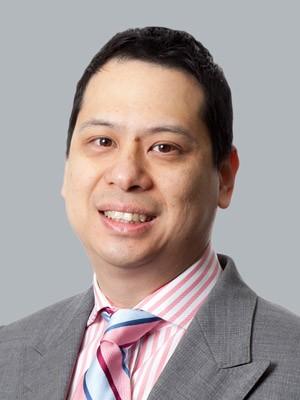 Dr Steven Yang
